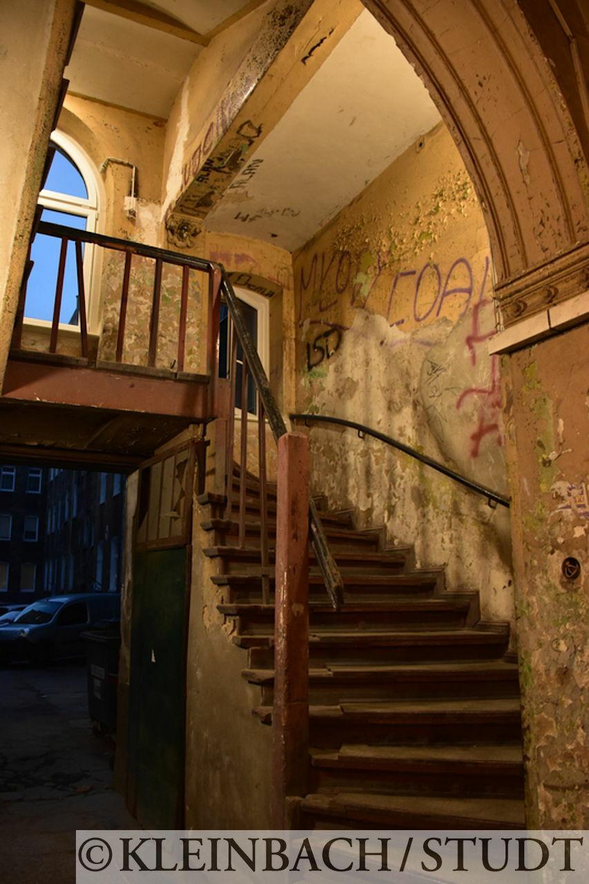 Treppenhaus eines alten Gebäudes