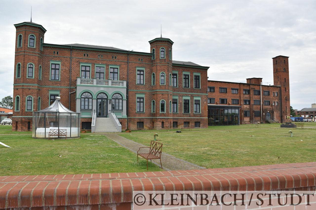Dieses Gebäude scheint der bessere Teil des Hotels Alte Ölmühle zu sein