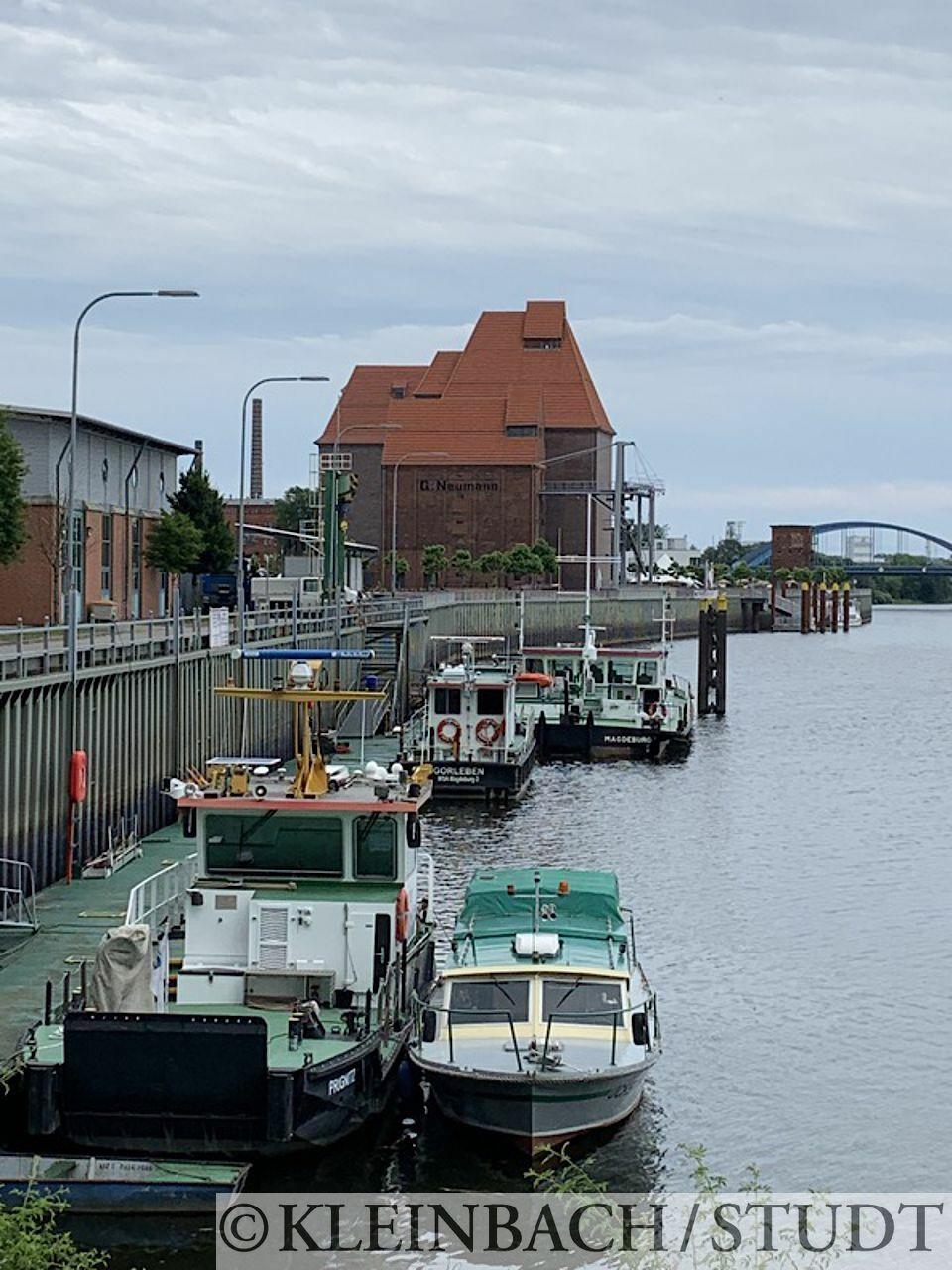 Hafengelände mit dem alten Kornspeicher