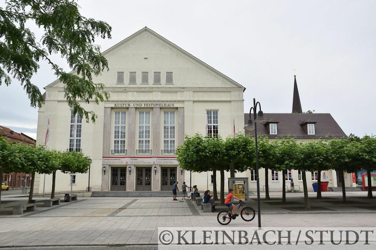 Das Kultur- und Festspielhaus