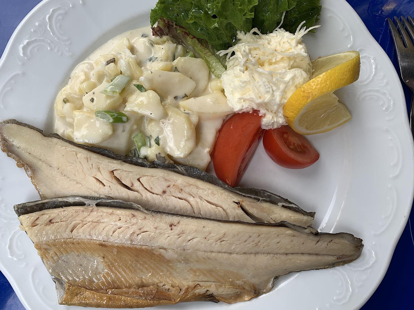 Lecker Essen im Alpenhaus Prossau